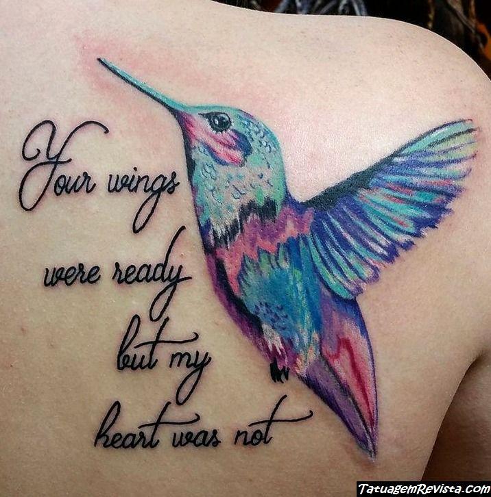 tattoos-de-beija-flores-con-frases-o-nombres-1