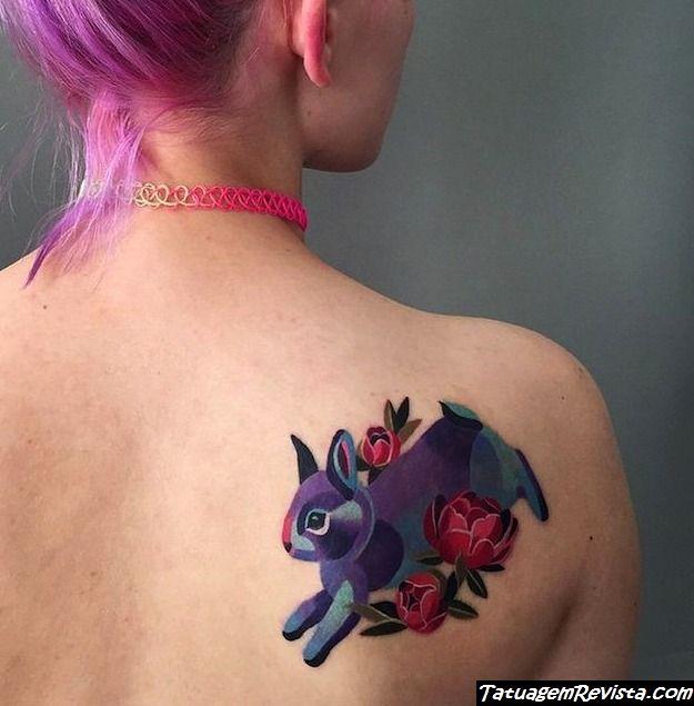 tattoos-de-coelhos-entre-flores-1