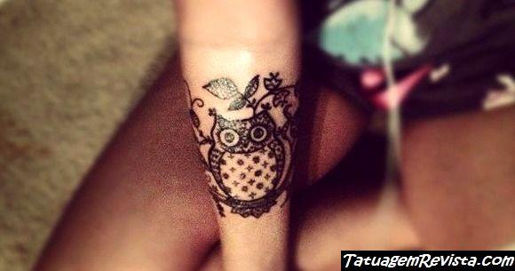 tattoos-de-corujas-en-la-muneca-1