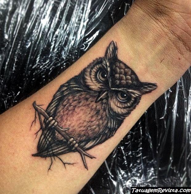 tattoos-de-corujas-en-la-muneca-2