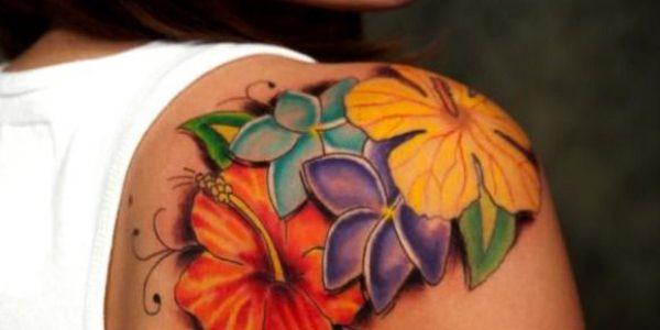 tattoos-de-flores-para-el-ombro-1