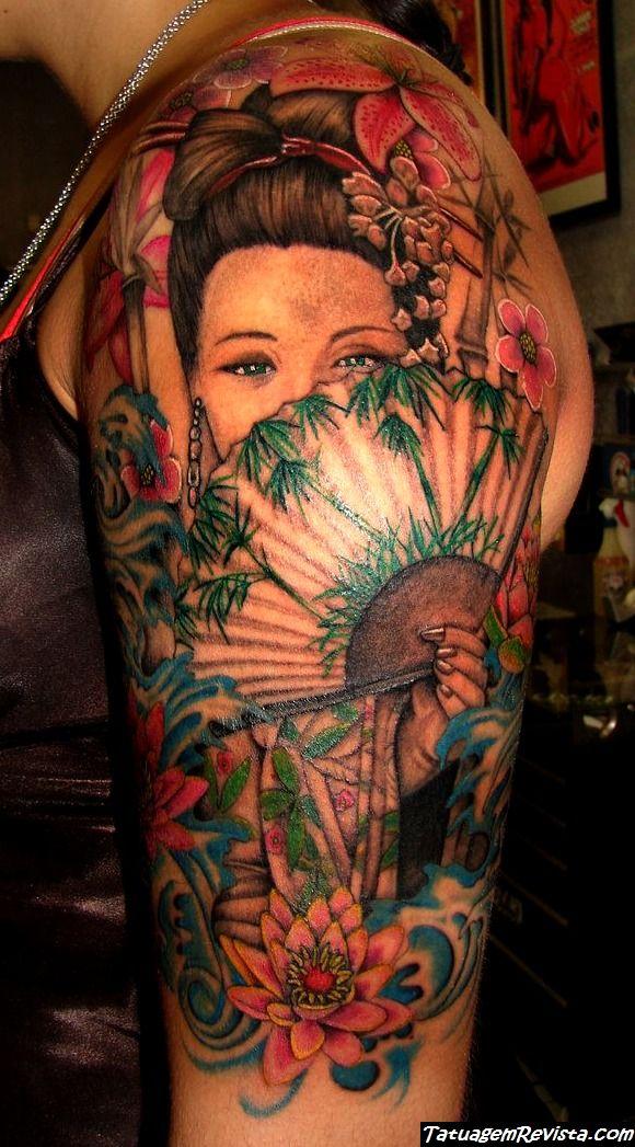 tattoos-de-gueixas-y-flores