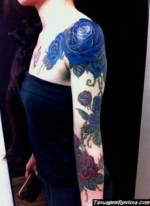 tatuagem-de-rosas-azuis-1