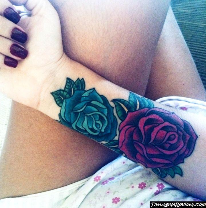 tatuagem-de-rosas-azuis
