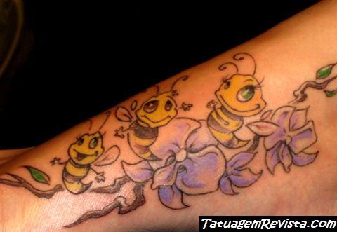 tatuagens-de-abelhas-en-mulheres-1