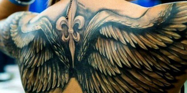 tatuagens-de-asas-nas-costas-3