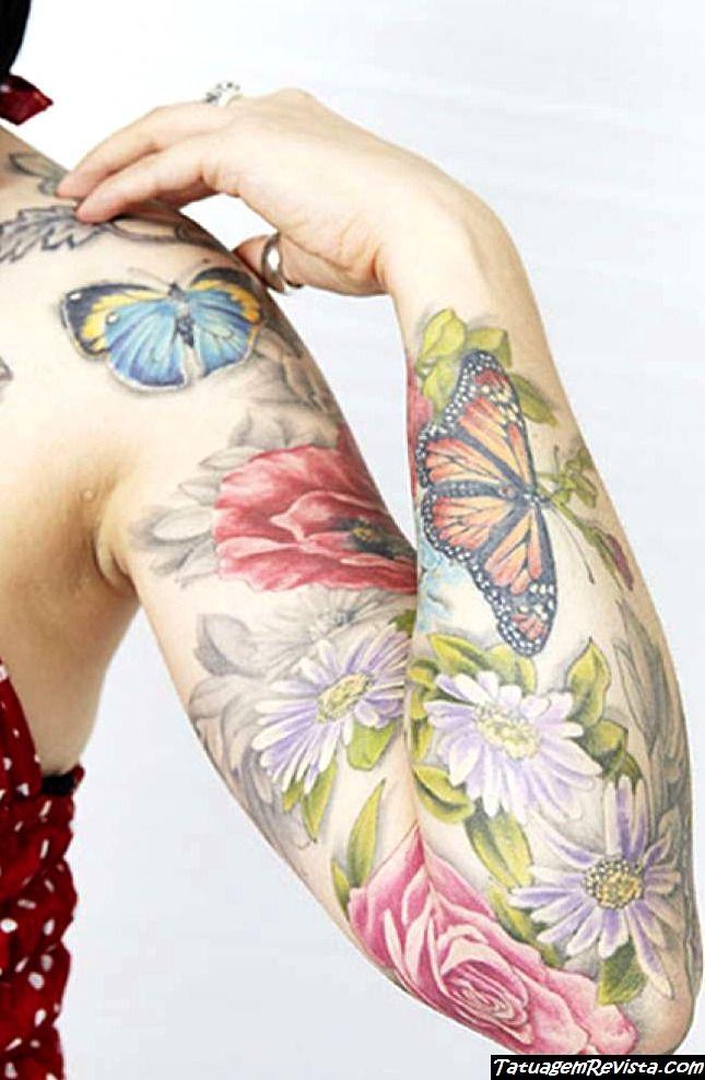 tatuagens-de-borboletas-entre-flores-2