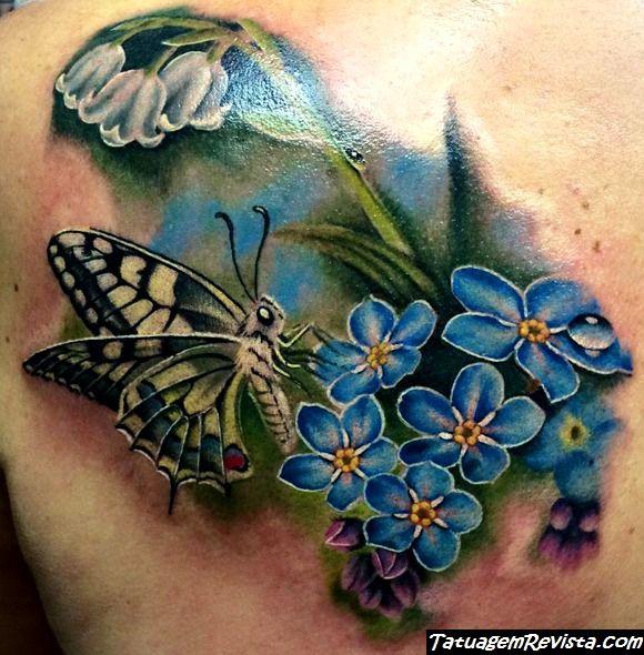 tatuagens-de-borboletas-entre-flores