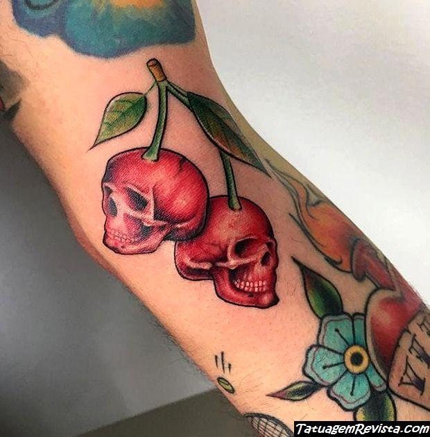 tatuagens-de-cerejas-en-forma-de-calavera