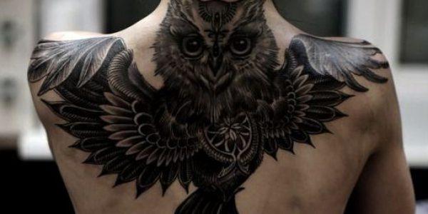 tatuagens-de-corujas-en-la-espalda-2