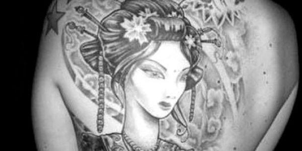tatuagens-de-gueixas-con-abanicos-2