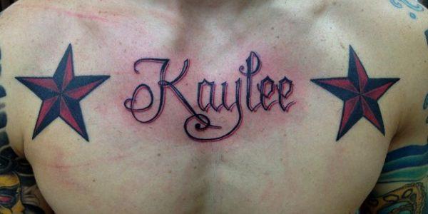 tatuagens-de-nomes-no-bau-1