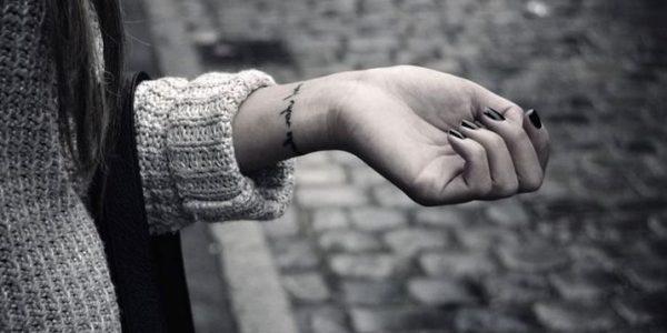 tatuagens-de-pulseras-en-la-pulso-1