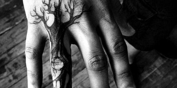 tatuagens-en-la-mao-para-homens-2