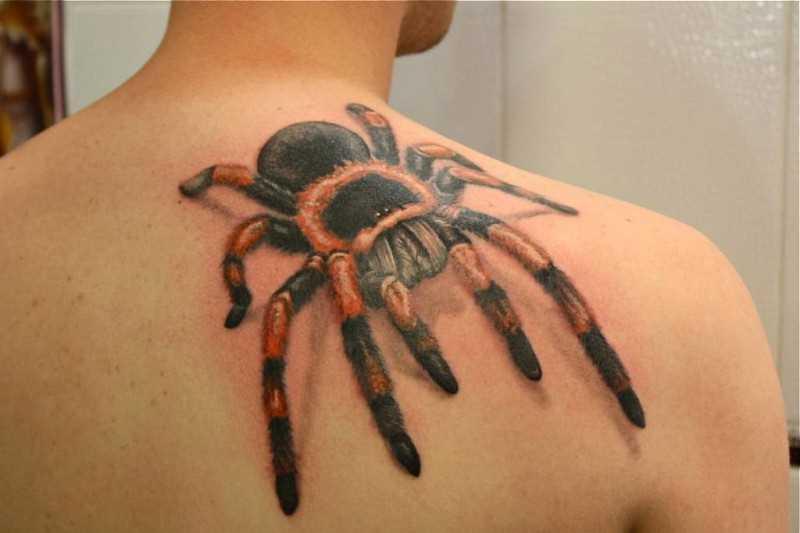 A tatuagem de blade o homem - aranha