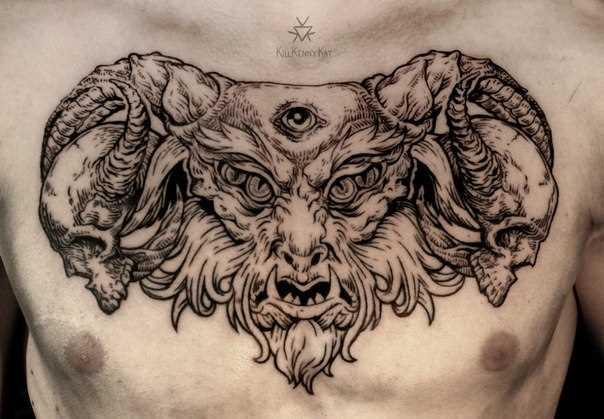 A tatuagem no estilo lainvork na cara no peito - satanás