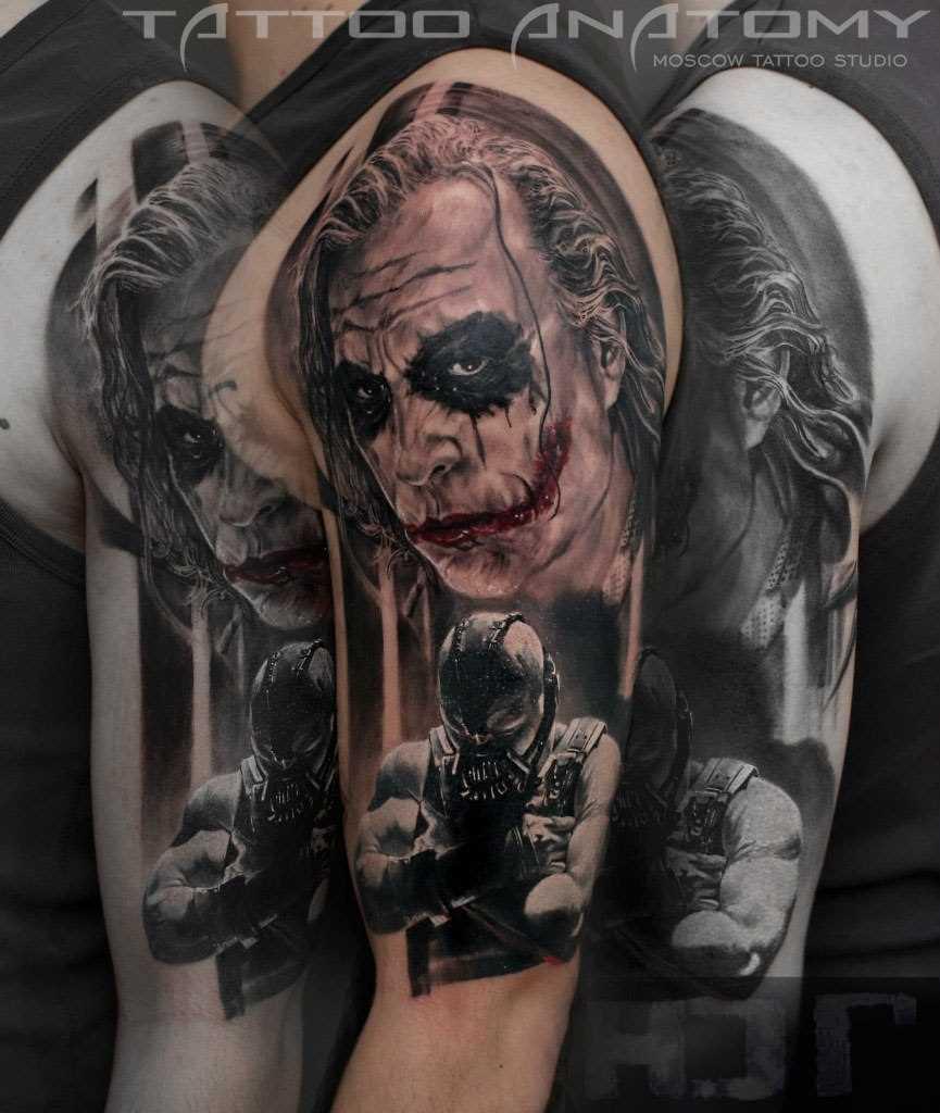 A tatuagem no ombro de um cara - Coringa