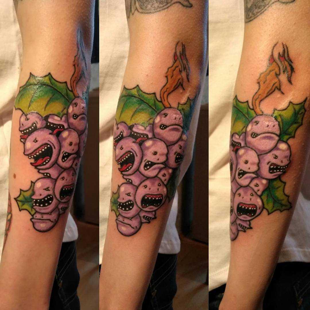 Foto de uma tatuagem em estilo newschool no antebraço cara