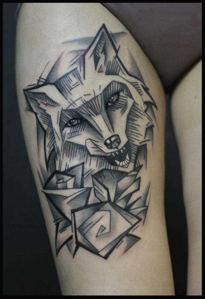 Fotos de tatuagem de uma raposa no estilo de gráfico no quadril da menina