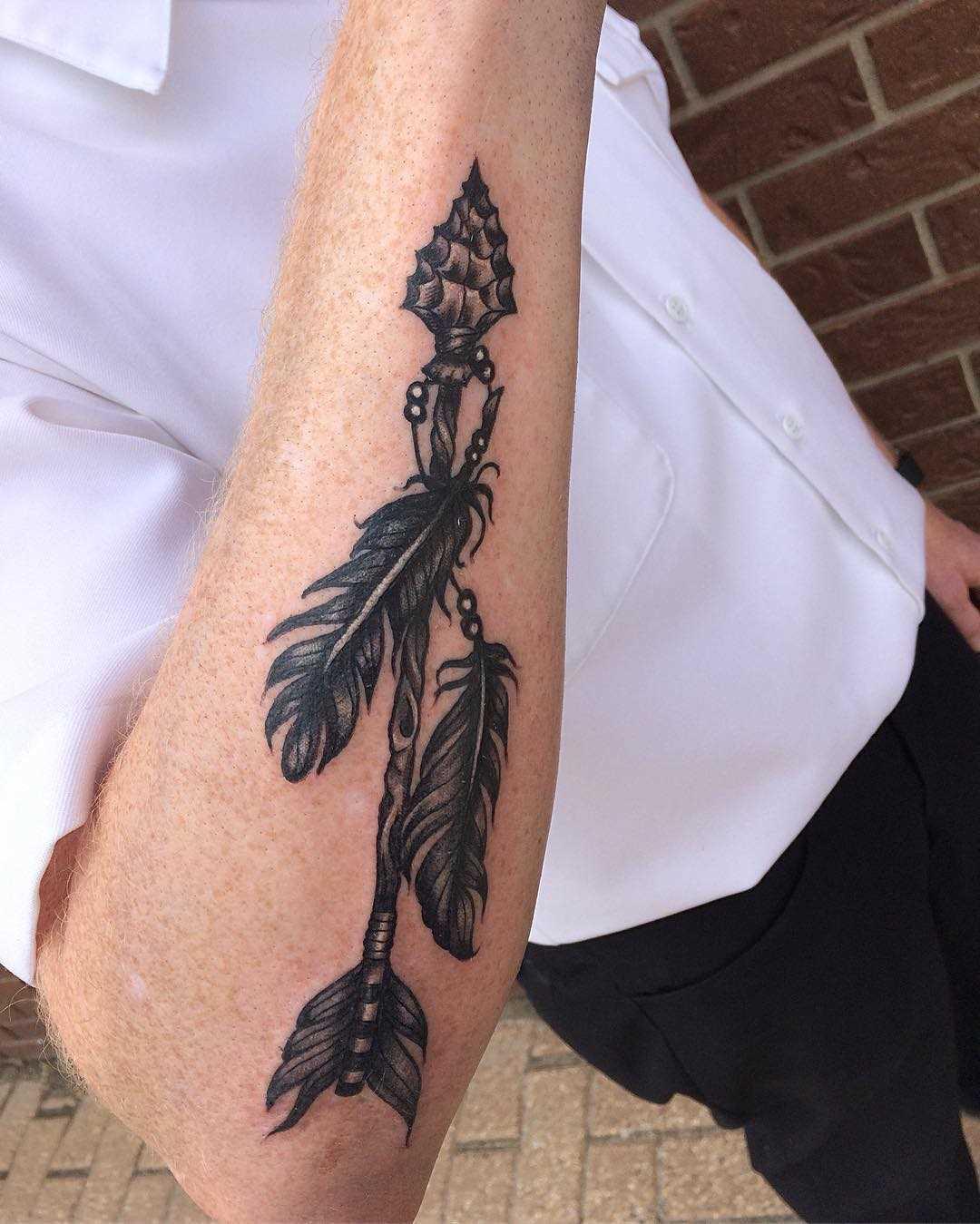 Legal a tatuagem flechas no antebraço homens