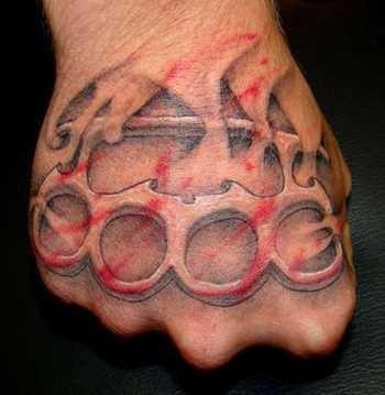 Realista em 3d kostet no pincel cara - de tatuagem