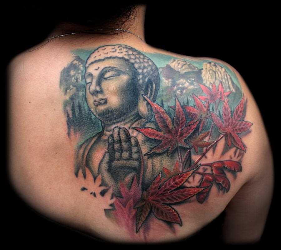 Tatuagem blade a menina - folha e o buda