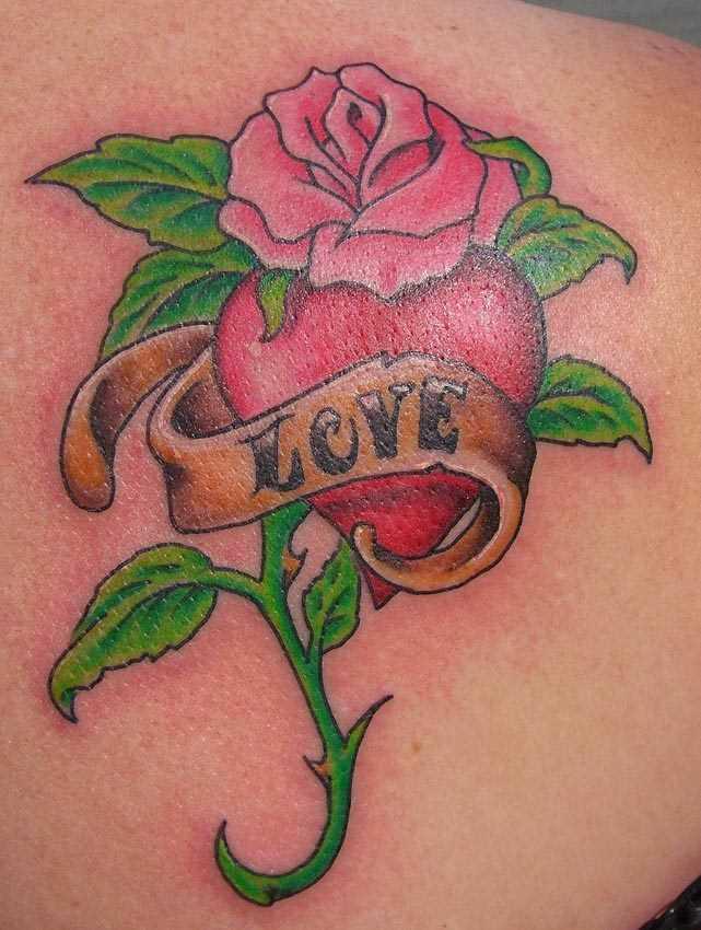 Tatuagem blade a menina - rosa, o coração e a inscrição