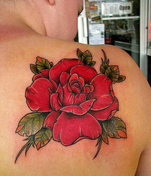 Tatuagem blade a menina - rosa vermelha