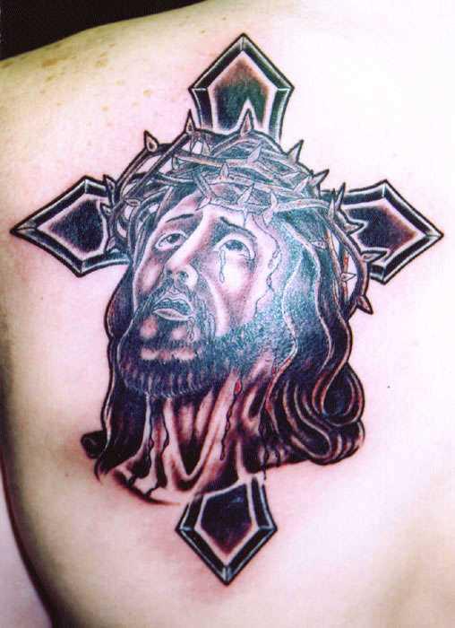 Tatuagem blade cara - a cruz e chorando Jesus