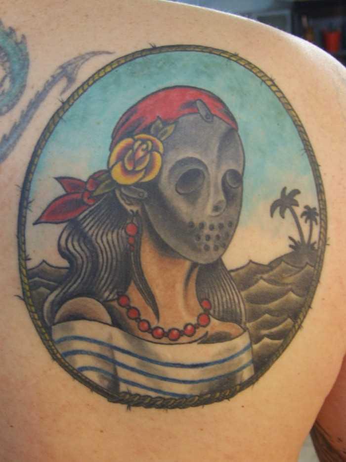 Tatuagem blade cara - a menina para dentro da máscara