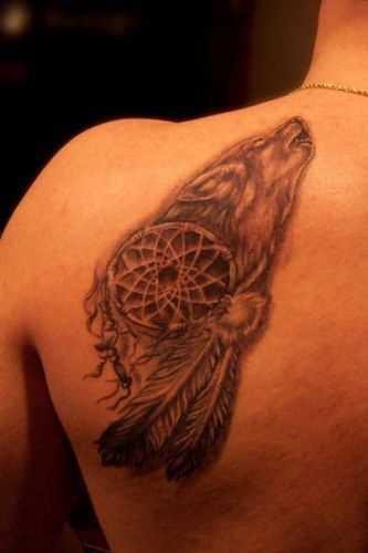 Tatuagem blade cara - apanhador de sonhos com o lobo