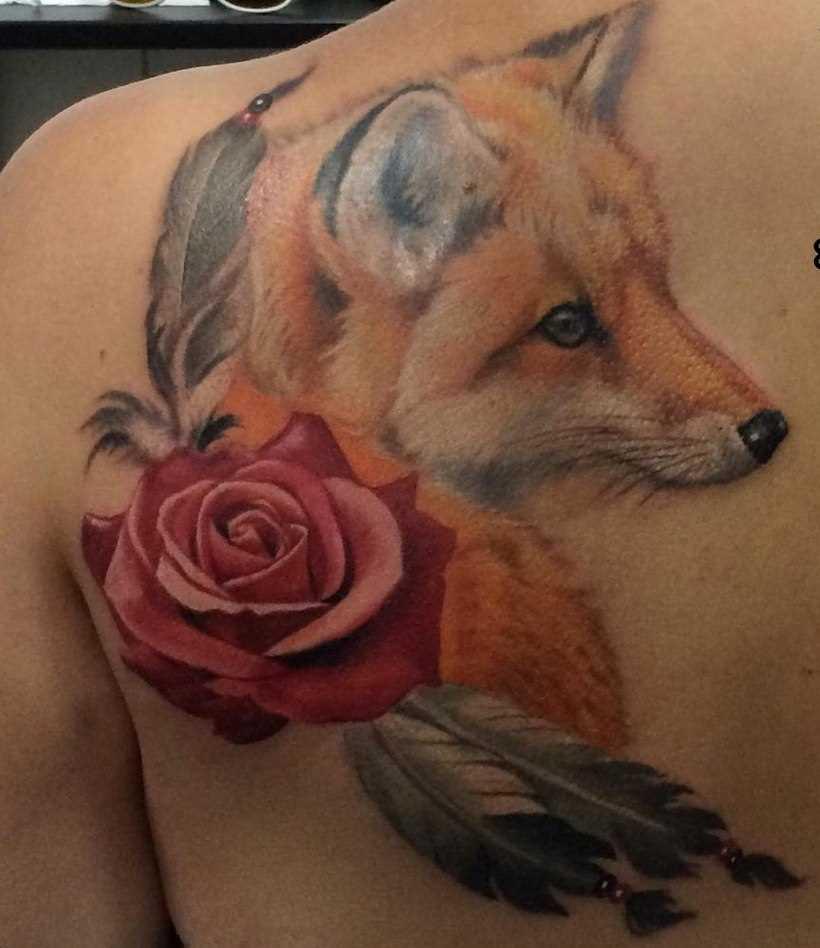 Tatuagem blade menina - a raposa e rosa