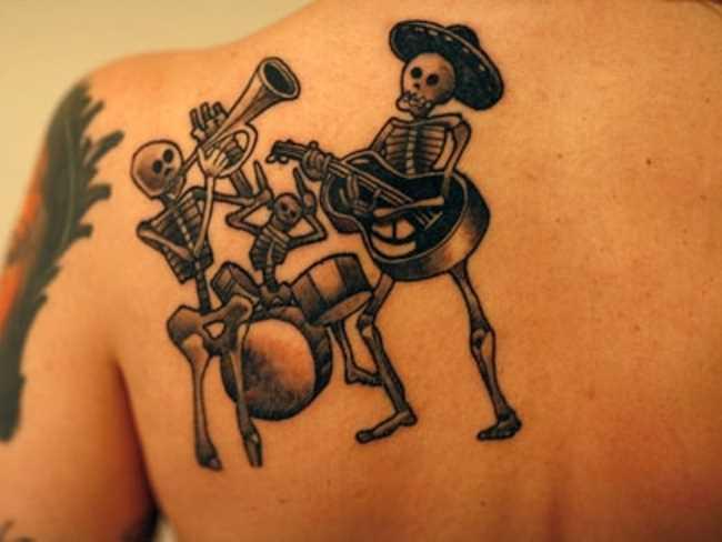 Tatuagem blade menina esqueletos