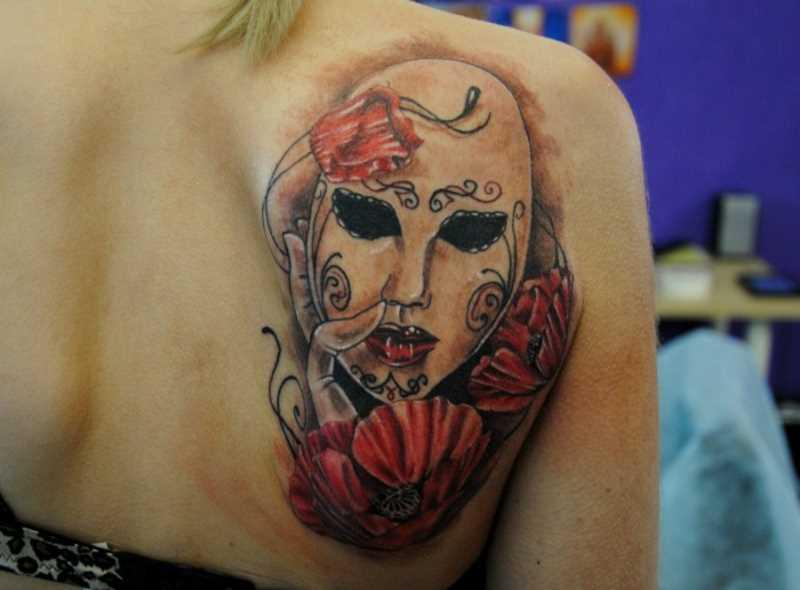 Tatuagem blade meninas - máscara e macs