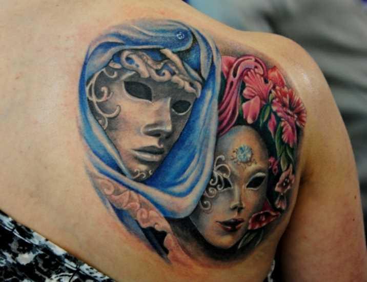 Tatuagem blade meninas - máscaras e flores