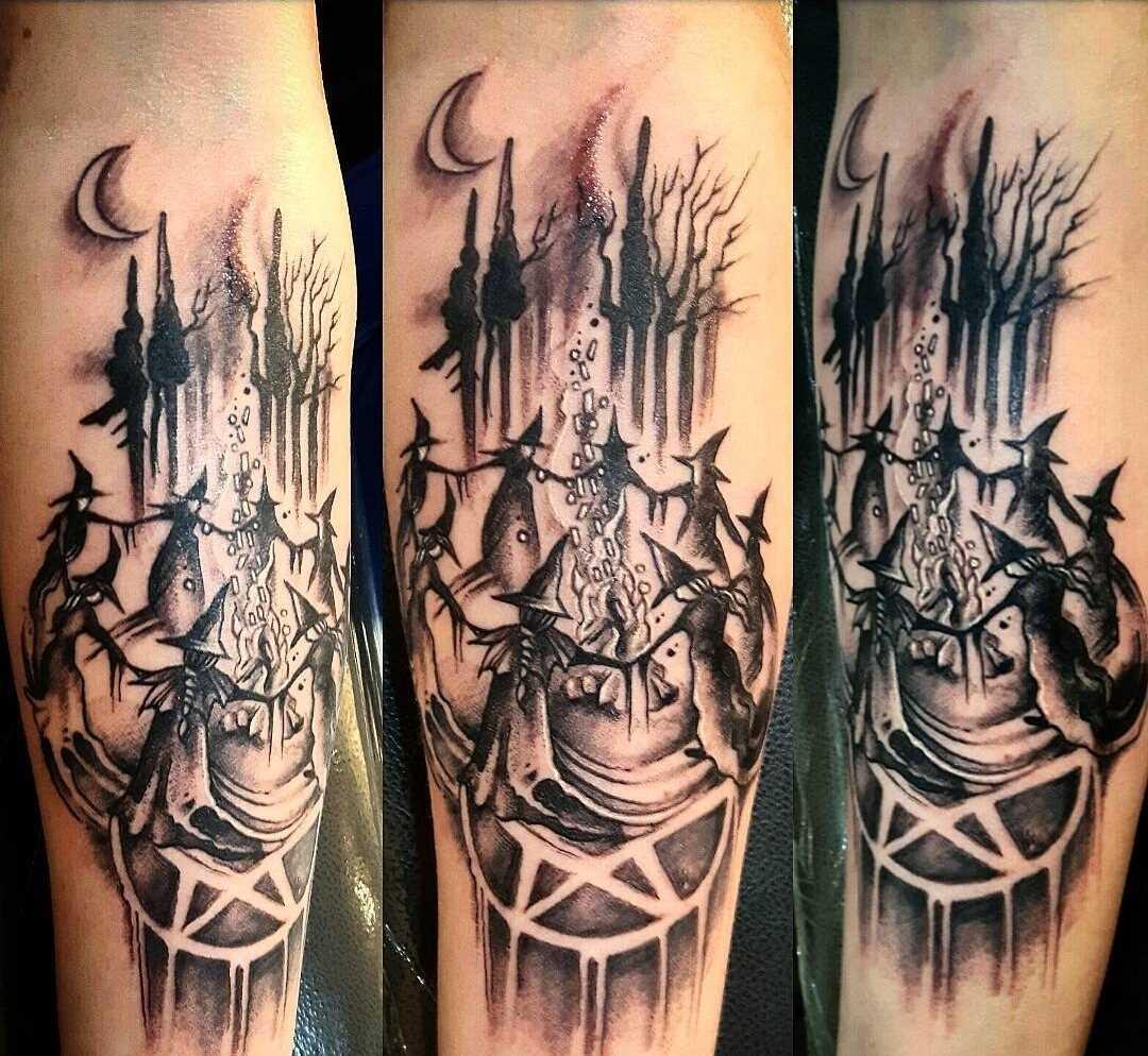 Tatuagem de bruxa no antebraço cara