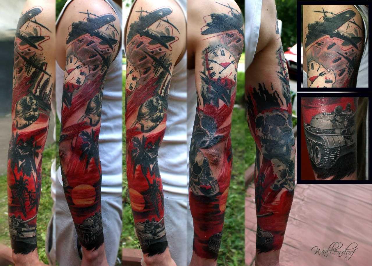 Tatuagem manga do cara - relógio, tanque, avião