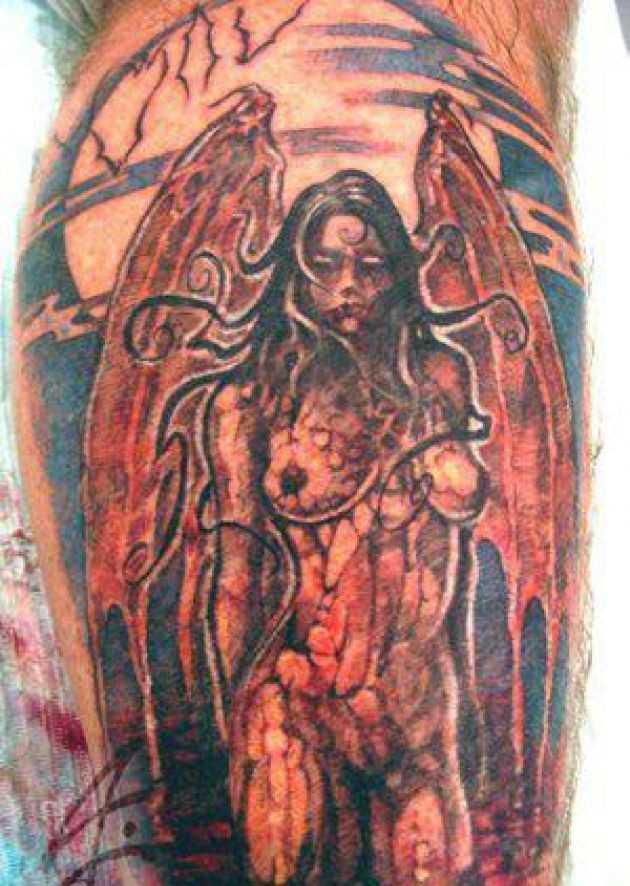 Tatuagem na perna do cara - diavolitsa