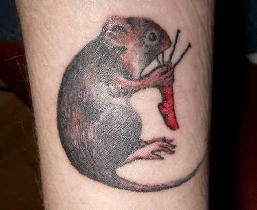 Tatuagem no antebraço, as meninas mouse knit raios peúga