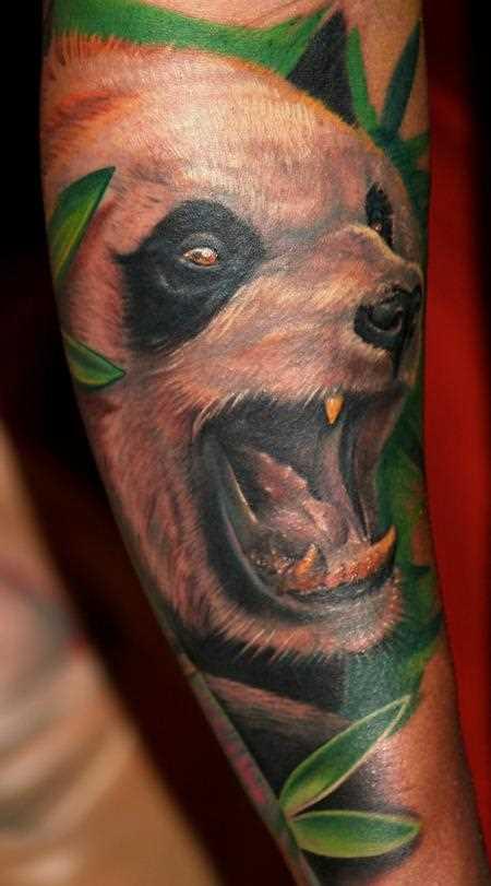 Tatuagem no antebraço, as meninas - panda