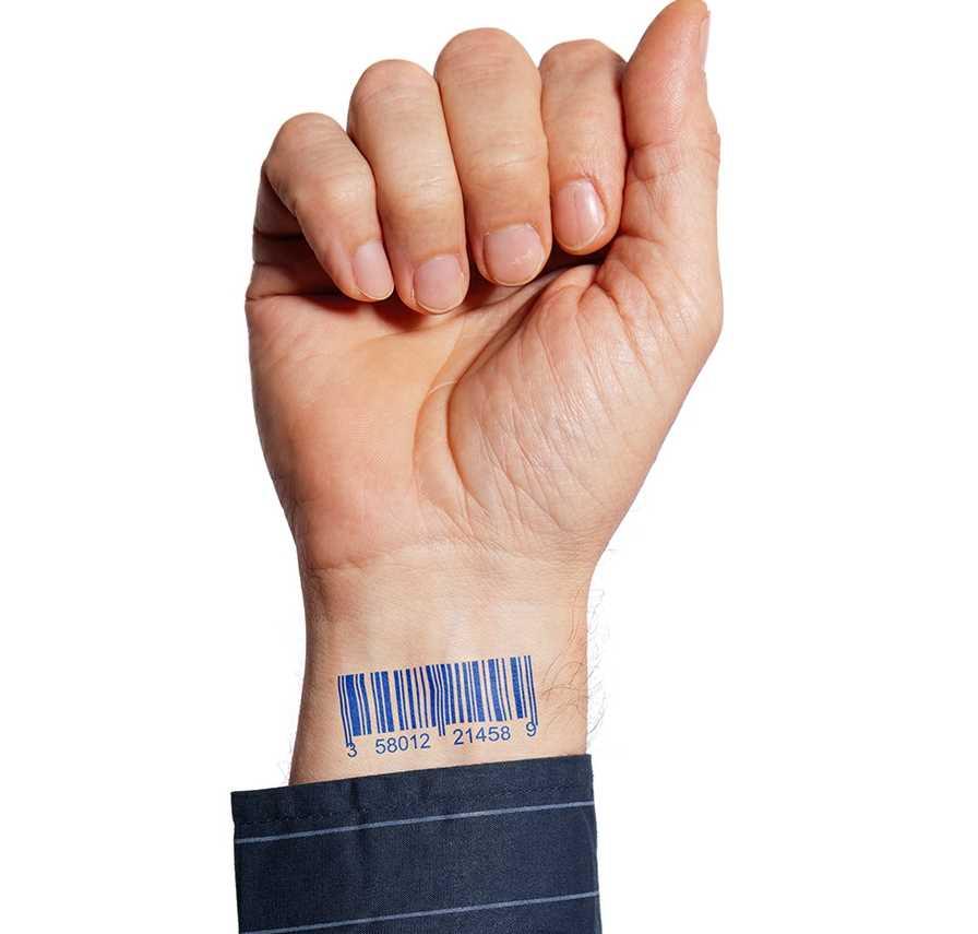 Tatuagem no pulso do cara - código de barras