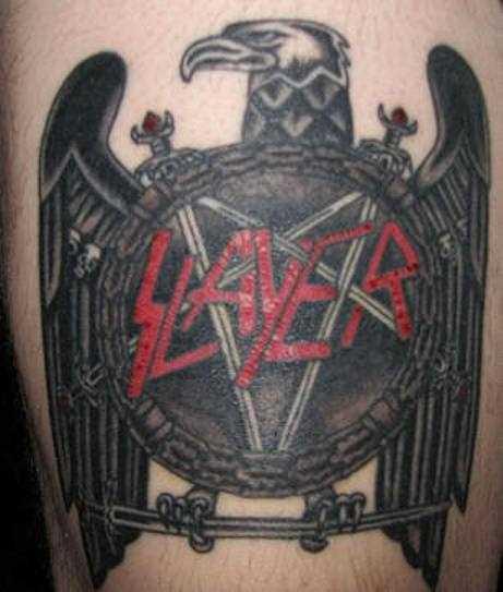 Tatuagem no quadril cara - pentagrama