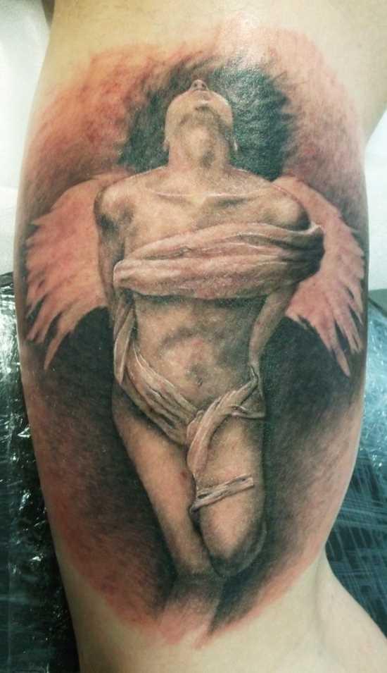 Tatuagem que tem no braço do cara - de- anjo