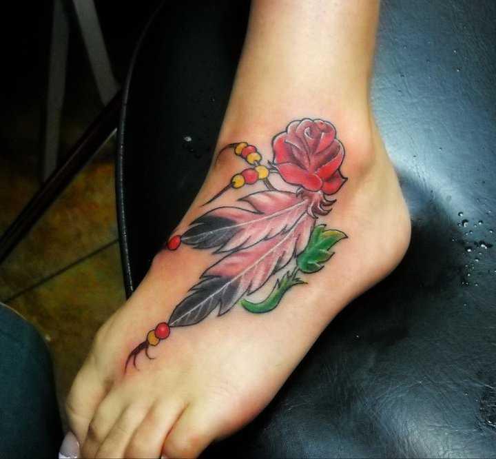 Tatuagem t a menina - rosa e penas