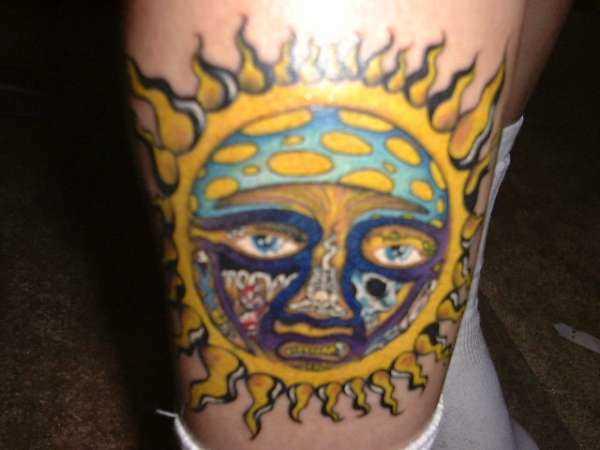 Uma tatuagem que meninas t - sol
